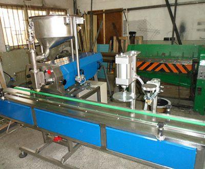 6. Автоматична обемно дозираща пълначна машина - 0,1÷1,1 л. Изпълнение чисто пневматично